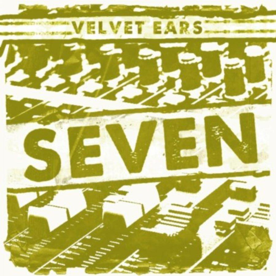 Cover of Velvet Ears 7
