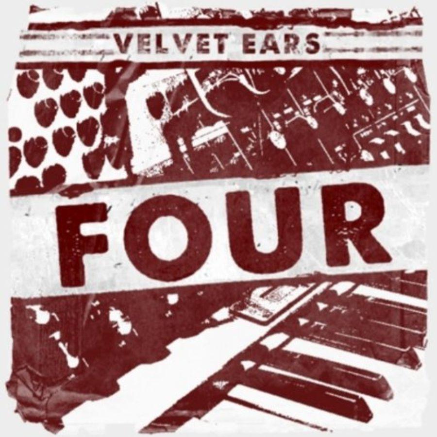 Cover of Velvet Ears 4